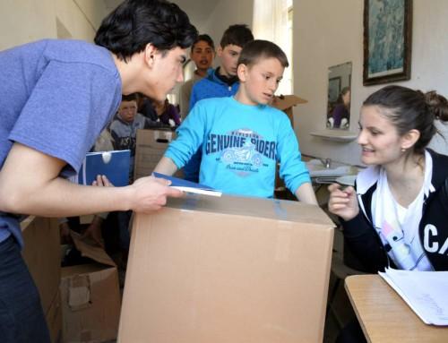 Donații de alimente și îmbrăcăminte